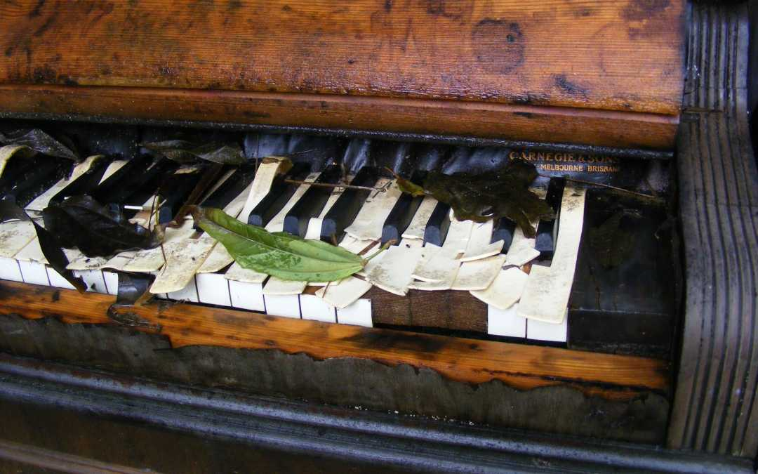 The Dying Piano